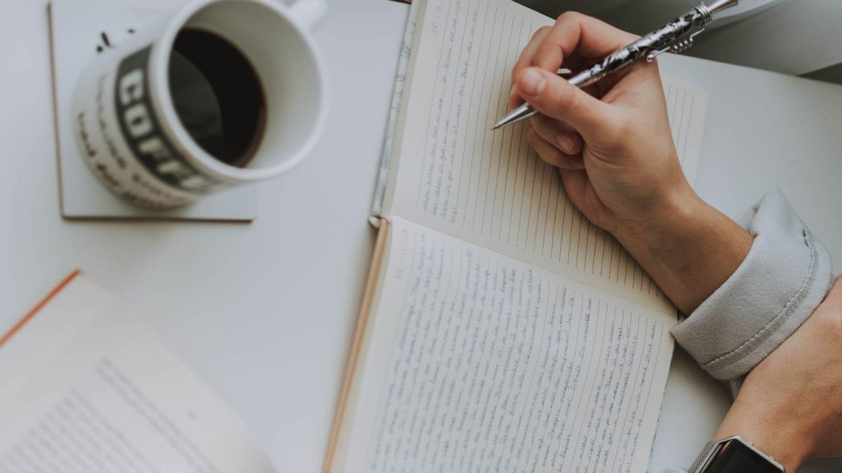 Ručne písaný denník môže byť veľmi nápomocný