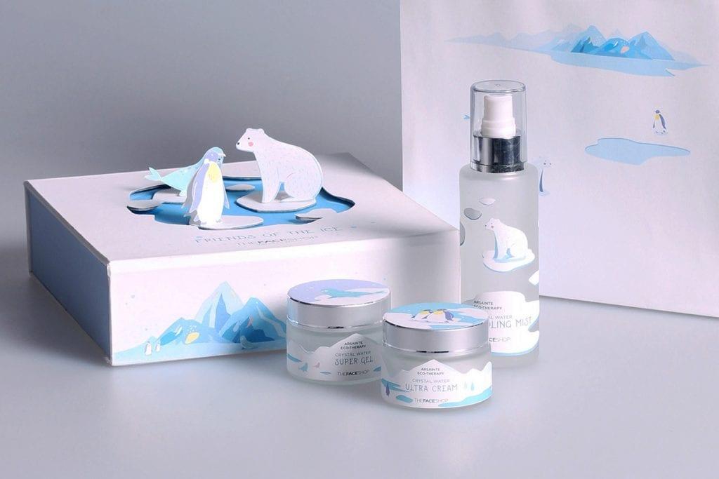 obal  - krabica na kozmetiku, na vrchu umiestnené zvieratá z papiera